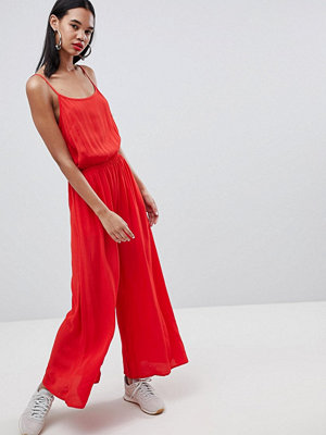 Weekday Jumpsuit i tapetmönster Plain red