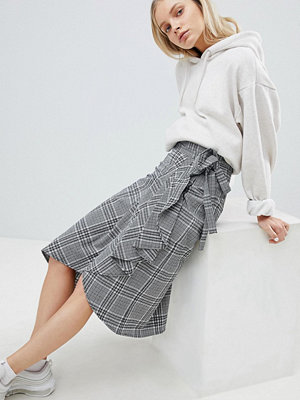 Weekday Ruffle Front Check Midi Skirt - Check