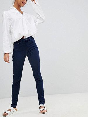 Wåven Åsa Smala jeans med medelhög midja