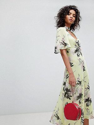 Ghost floral pretty tea dress - Ruth bloom