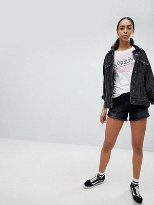Noisy May Korta jeansshorts med slitningar