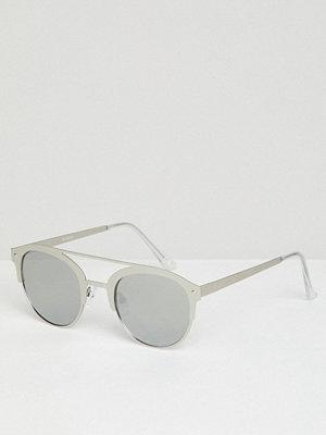 Solglasögon - ASOS DESIGN Retro Sunglasses In Brushed Silver Metal With Silver Mirrored Lens