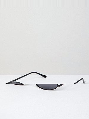 Solglasögon - AJ Morgan Small Round Sunglasses In Matte Black