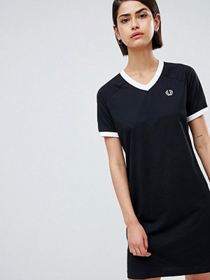 Fred Perry V-Neck Ringer T-Shirt Dress With Logo Tape
