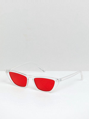 Solglasögon - ASOS DESIGN angled cat eye in clear with red lens