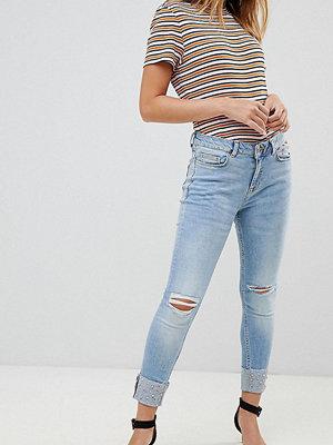 New Look Petite Uppvikta skinny jeans Ljusblå