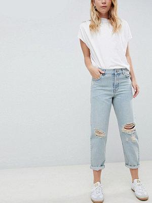 ASOS DESIGN relaxed boyfriend jeans in trinity wash - Trinity wash