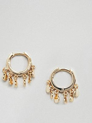 SHASHI örhängen Sterling Silver 14K Gold Plated Ashley Huggie Hoop Earrings