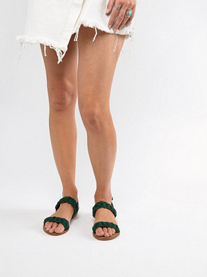 ASOS DESIGN Frenchie leather plaited flat sandals - Emerald green