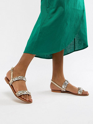ASOS DESIGN Frenchie leather plaited flat sandals - Mixed metalic