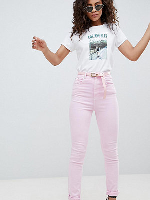 Asos Tall ASOS DESIGN Tall Farleigh high waist mom jeans in washed pink with belt