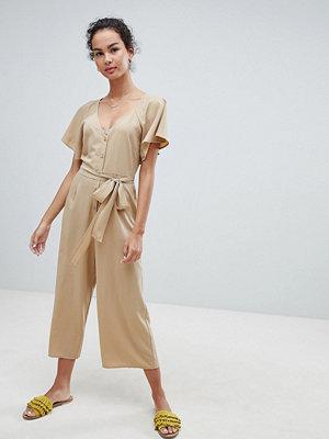 ASOS DESIGN tea jumpsuit with button front and tie detail - Dark beige