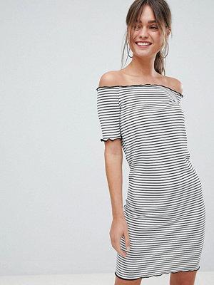 PrettyLittleThing Stripe Bardot Mini Dress