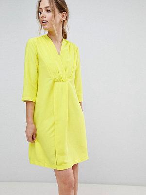 Closet London Neon Shift Dress - Lime