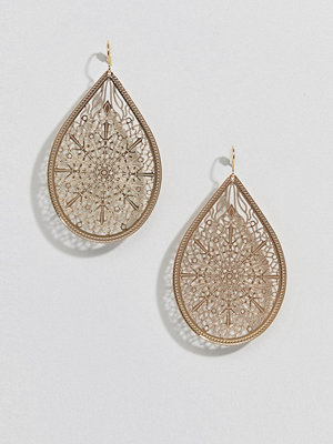 ASOS örhängen DESIGN earrings in teardrop filigree design