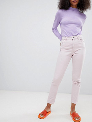 "Monki Jeans i ""mom jeans""-modell Dusty light pink"