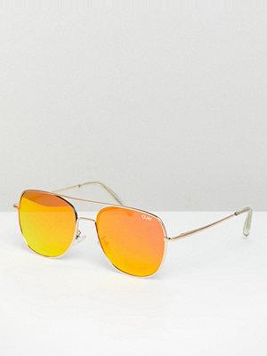Solglasögon - Quay Australia running riot aviator sunglasses with red tinted lens - Gold/red