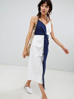 Warehouse midi dress with knot detail in navy and white - White and navy