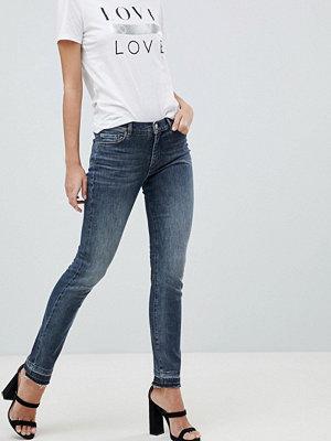 BOSS Casual Smala jeans med råskuren fåll Mörkblå