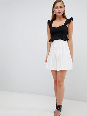 PrettyLittleThing Pleated Mini Skirt