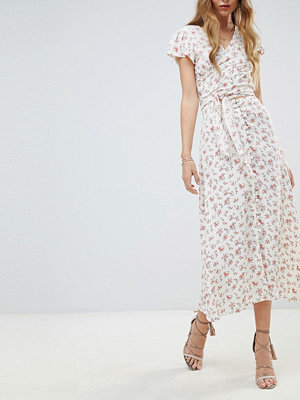 Flynn Skye Ditsy Print Midi Skirt Co-Ord - Countryside blooms