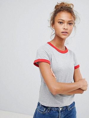 Brave Soul Claudia T-shirt med kontrasterande hals och ärmribbning Grå/röd