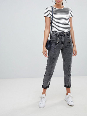 ASOS DESIGN Ritson rigid mom jeans in washed black with matelot detail - Washed black
