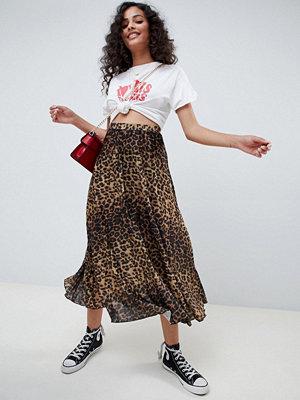 ASOS DESIGN midi pleated skirt in natural leopard print