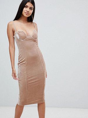 nelly filippa k klänning