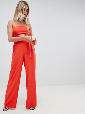 ASOS DESIGN structured jumpsuit with cut out and belt detail - Blood orange
