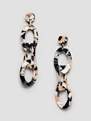 ASOS örhängen DESIGN earrings in linked resin shape design