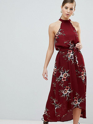 Ax Paris High Neck Belted Floral Maxi Dress - Rust