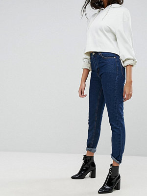 PrettyLittleThing Boyfriend Jean - Dark wash