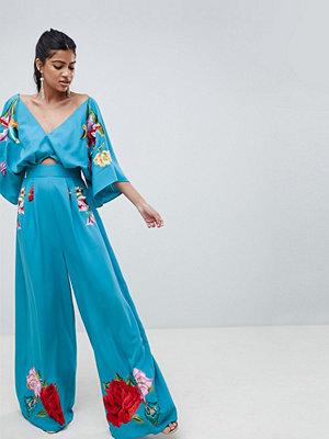 ASOS DESIGN Broderad kimono jumpsuit Aqua