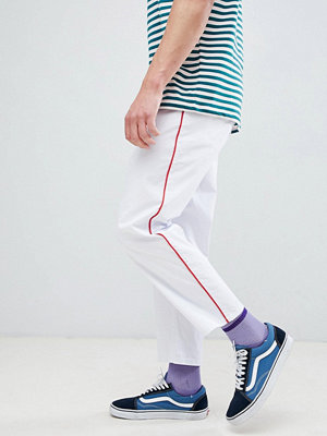ASOS DESIGN skater cropped trousers in white with red side piping