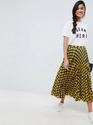 ASOS DESIGN yellow check pleated midi skirt - Yellow / navy
