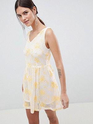 C by Cubic Lace V Neck Mini Dress - Mix