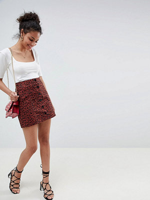 Miss Selfridge a-line skirt with button front in leopard print - Leopard