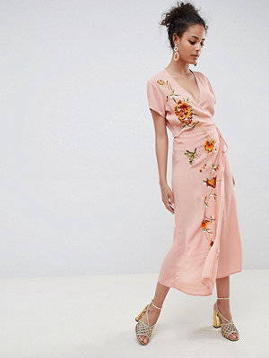 Miss Selfridge maxi dress with embroidery and cap sleeve