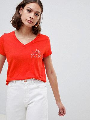 Ichi T-shirt med slogan Aurora red