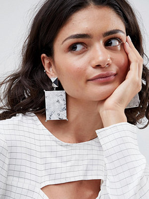 ASOS örhängen statement earrings with marble effect recycled cotton stone - Rhodium