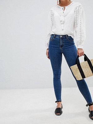 Glamorous Jeans med smal passform Stentvätt