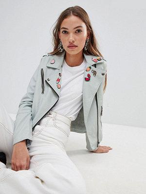 Glamorous pu jacket with badges - Light blue