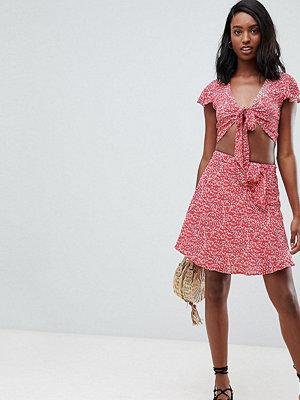 Glamorous Tall Minikjol med knytning fram
