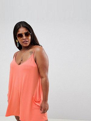 ASOS Curve ASOS DESIGN Curve jersey minimal playsuit with pockets - Peach