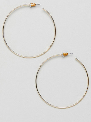 ASOS örhängen DESIGN fine wire 50mm hoop earrings
