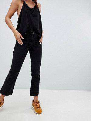 Weekday Kick High Waist Cropped Jean