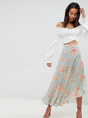 Missguided Tall Floral Ruffle Midi Skirt - Lt blue