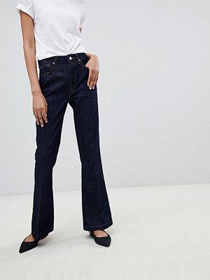 Warehouse Utsvängda jeans Rå
