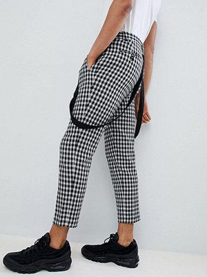 ASOS DESIGN tapered smart trousers in monochrome check with braces